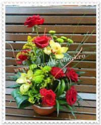 aranjamente-florale-din-trandafiri
